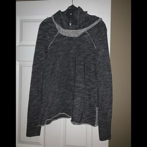 Tops - One Body heather gray cowneck tunic size M